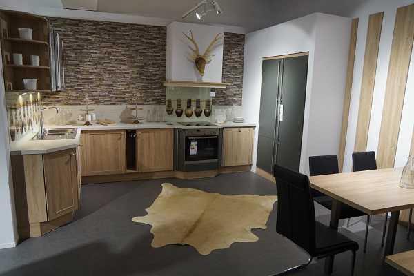 handel und dienstleistung pr sentieren ihre produkte und. Black Bedroom Furniture Sets. Home Design Ideas